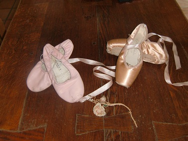 articles de danse: chaussons de danse: demi-pointes et pointes